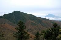 小金沢山と富士山