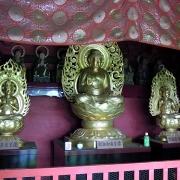 楼門上層の釈迦三尊像