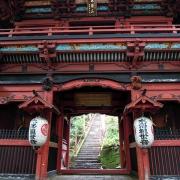 仁王門-色鮮やかな楼門