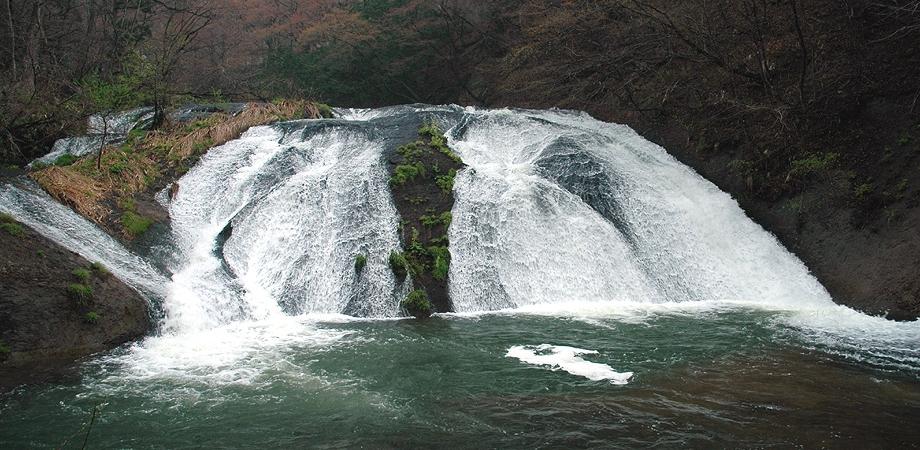 釜淵の滝トップ